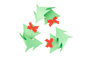 Holly leaves displayed as the recycle symbol Be in the know with your waste and recycling this festive season